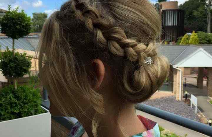 Fox Hairdressing - Weddings 4